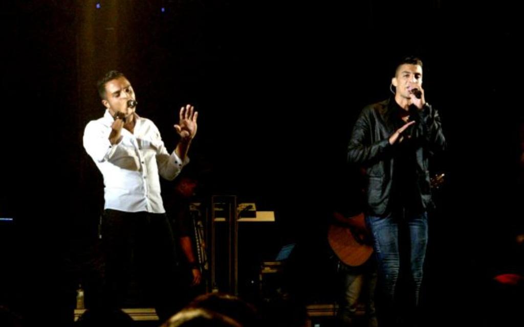 Danilo Reis e Rafael estão bebendo e esquecendo em 'Uísquecido'