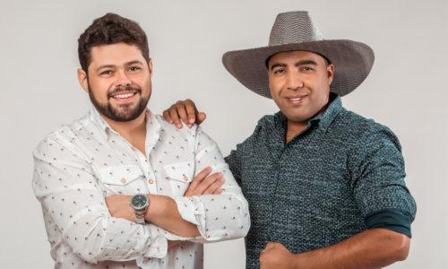 """Bruno & Lucas lançam o EP """"Beija ou Passa"""" e anunciam gravação de DVD ao vivo"""