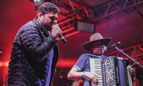 Bruno & Lucas escolhem a cidade de Jaboticatubas para a gravação do primeiro DVD