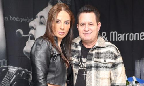 Sertanejo Marrone assume novo namoro